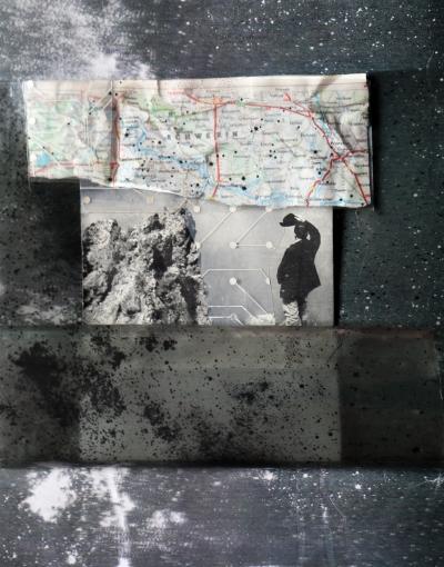 ozge enginoz-kolaj,23.5x29 cm,asetat,kağıt.2014